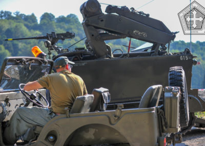 Jeep et M113