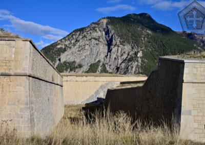 Fort des Trois-Têtes - fossé et demi-lune