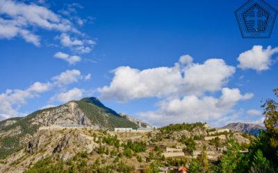 Promenade automnale au fort des Trois-Têtes à Briançon (F)