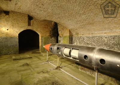 2016.10.17 -HK - Shau Kei Wan - Fort Lei Yue Mun - Caverne de la batterie lance-torpille de type Brennan(1)